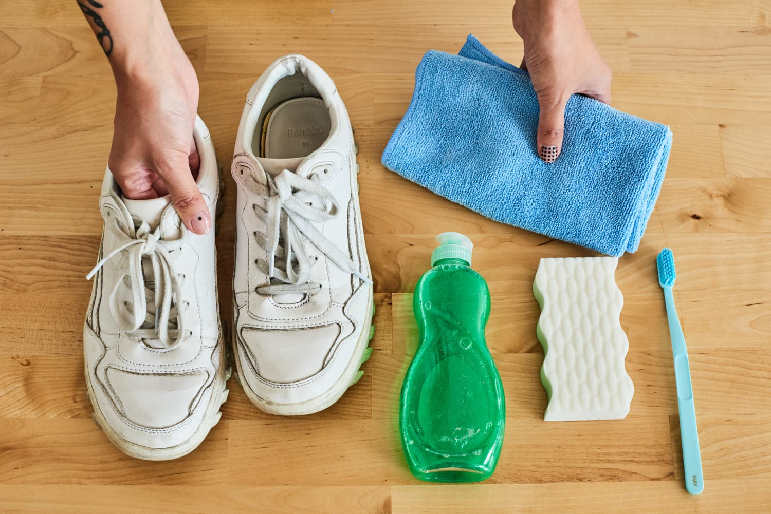 3 Easy Ways to Clean Your White Shoes So They Look Like New