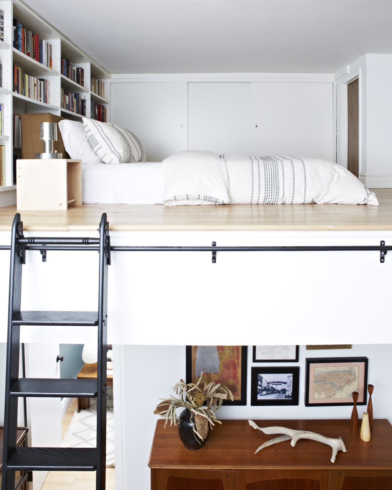 7 Loft Bed Ideas You Can Still Try, Even Though You're an Adult