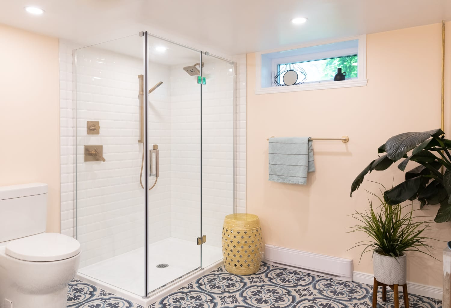 This Weird Shower Habit Made Cleaning My Bathroom 10 Times Easier