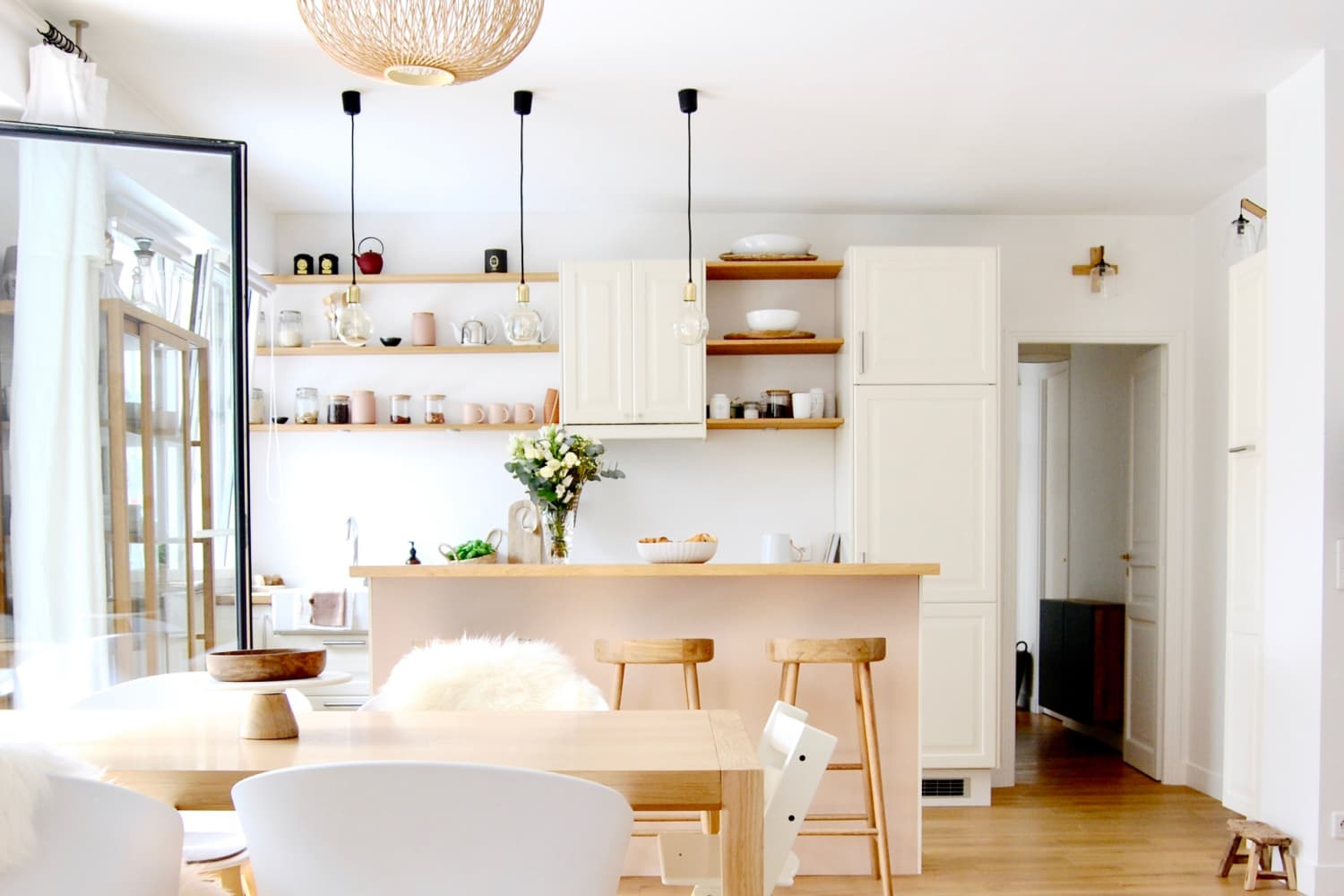 A Scandinavian-Inspired Paris Home Is the Perfect Mix of Modern, French, and a Hint of Pink