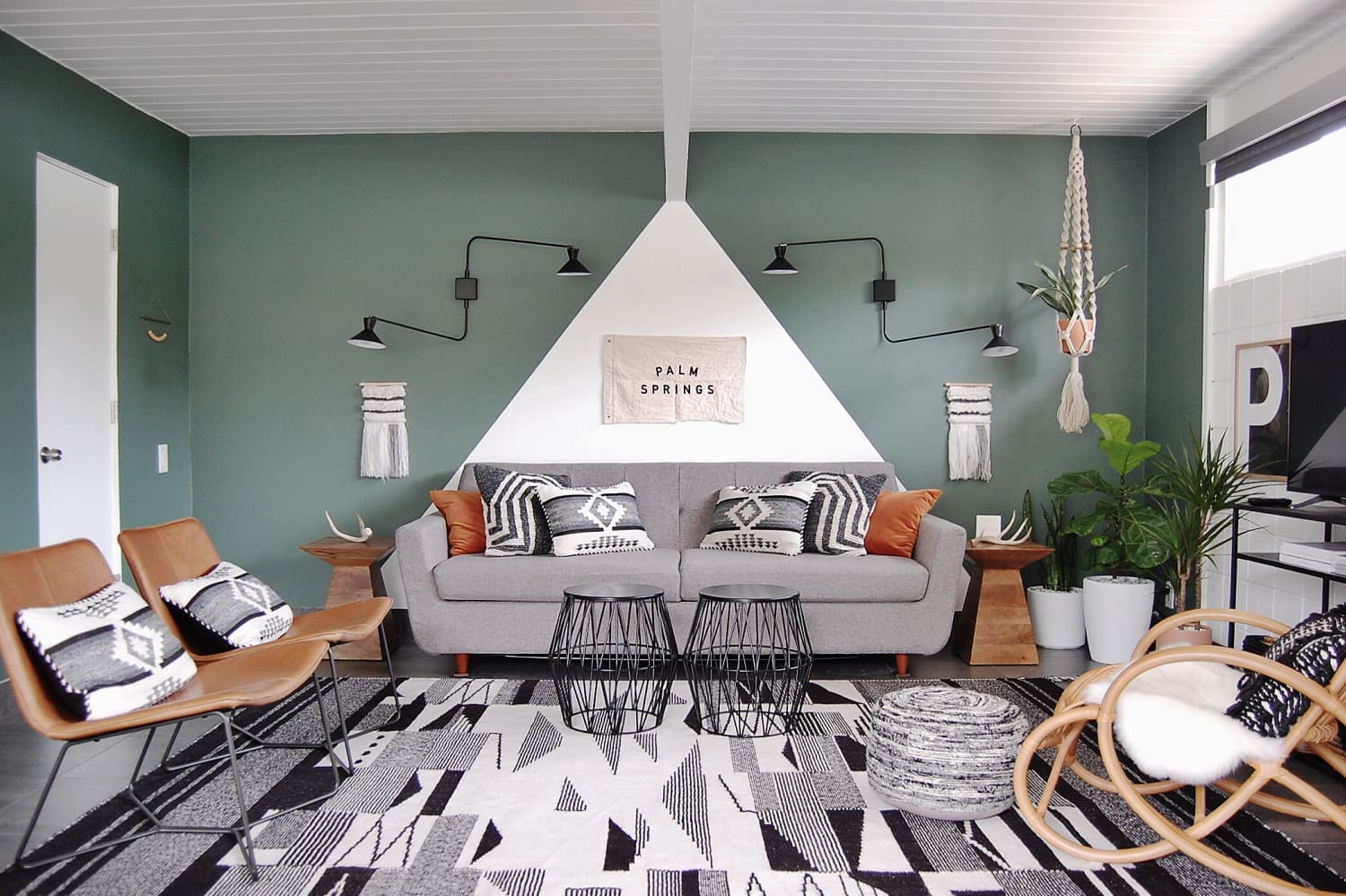 This Small Palm Springs Bungalow Is a Master Class in Pattern Mixing