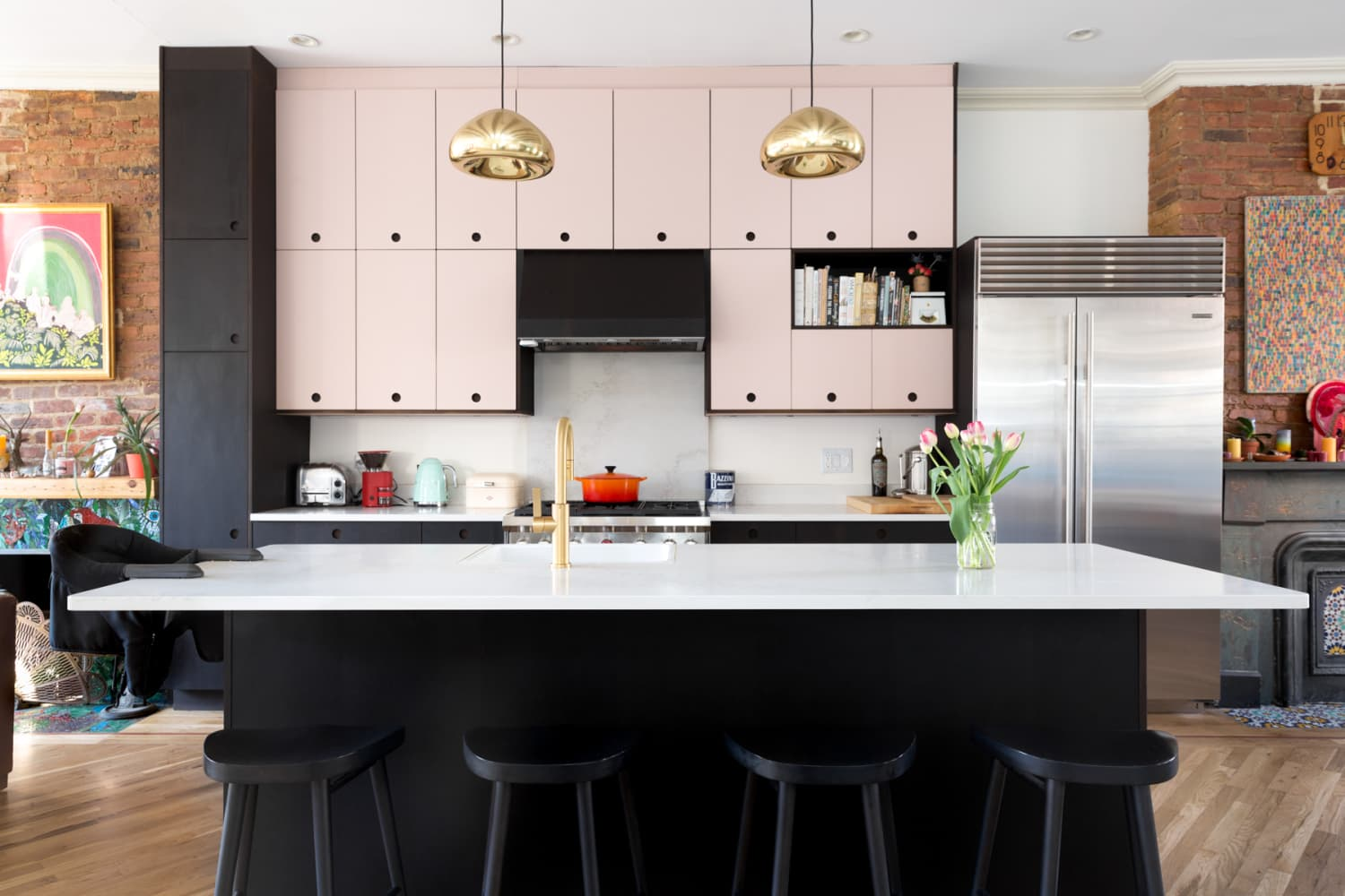 7 Low-Cost (or Free!) Kitchen Staging Ideas Real Estate Experts Swear By