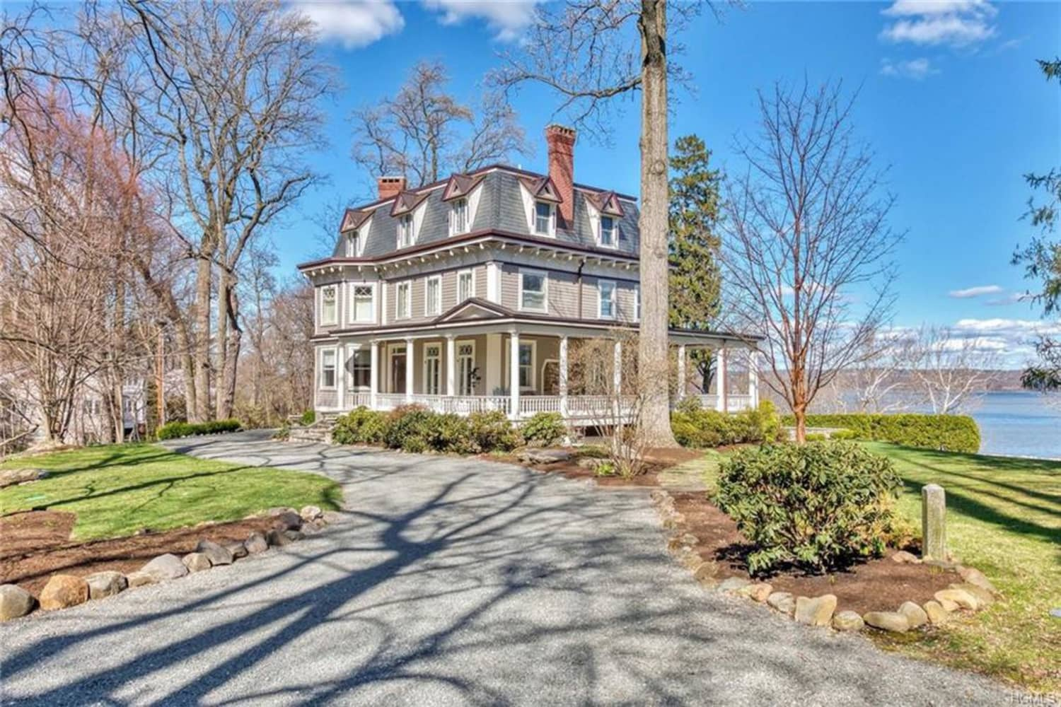 """The Victorian Mansion from """"Stepmom"""" Is for Sale, and We're Obsessed with the Wraparound Porch"""