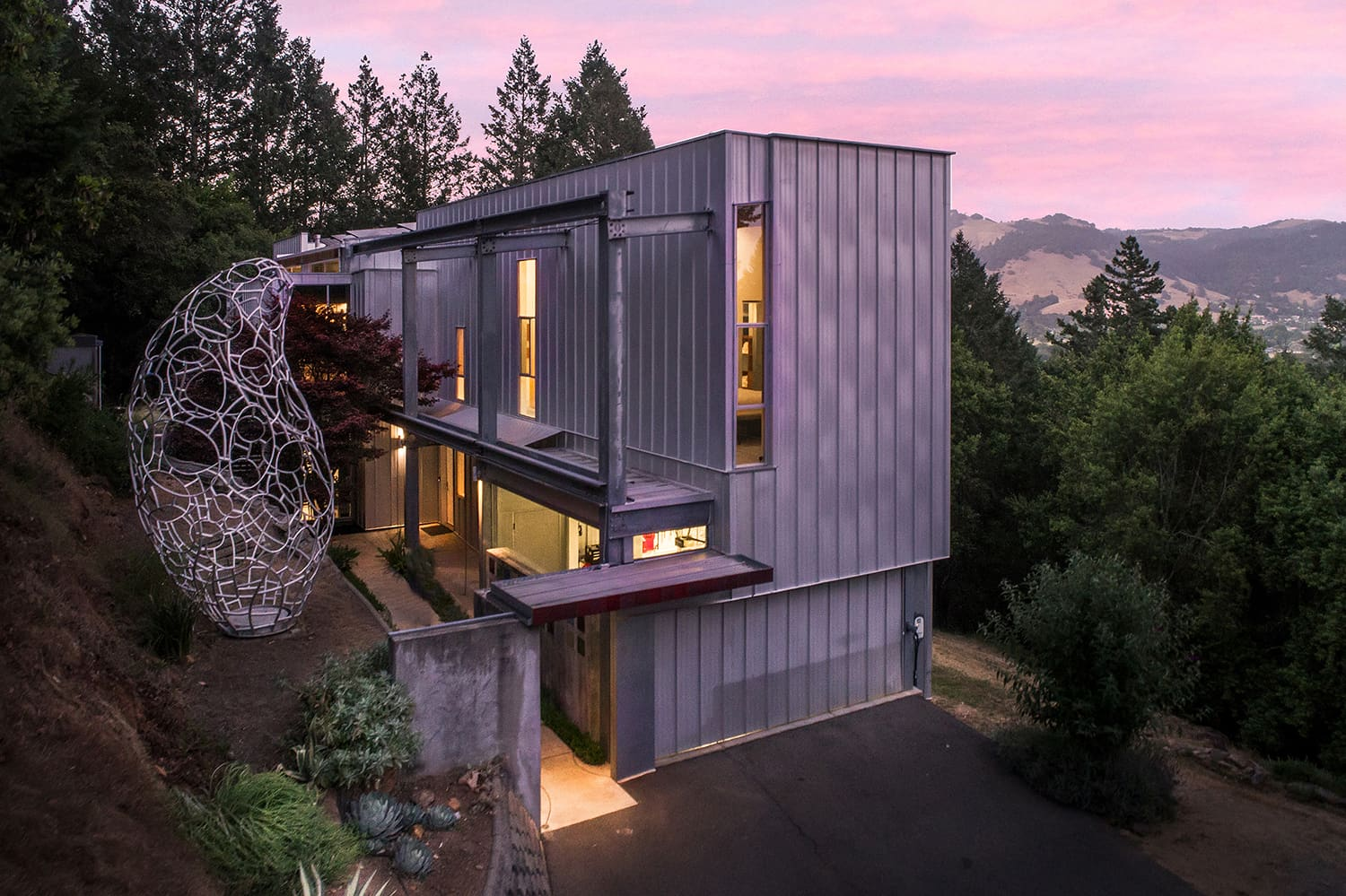 Look Inside: This $2.3M Hillside Home Has an Wow-Worthy Floating Staircase