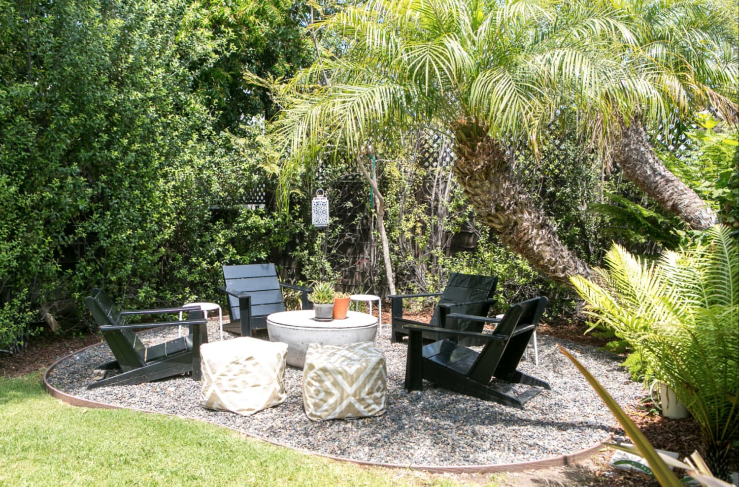 35 Fire Pit Ideas That Will Make Your Backyard Glow