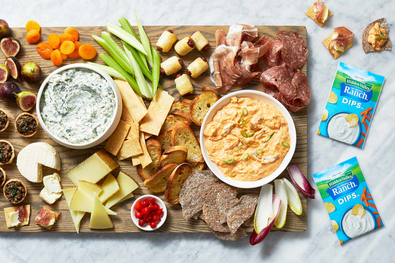 How to Build an Easy (But Still Impressive!) Snack Board