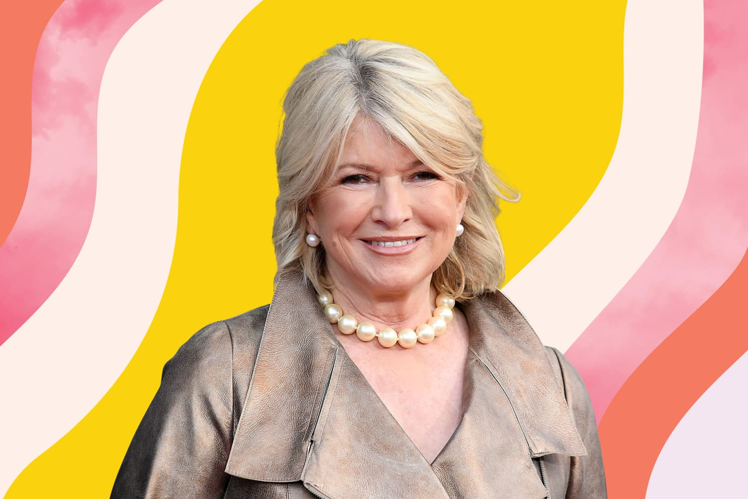Martha Stewart Just Showed Us How to Poach Multiple Eggs at Once, and You Need to Try This ASAP