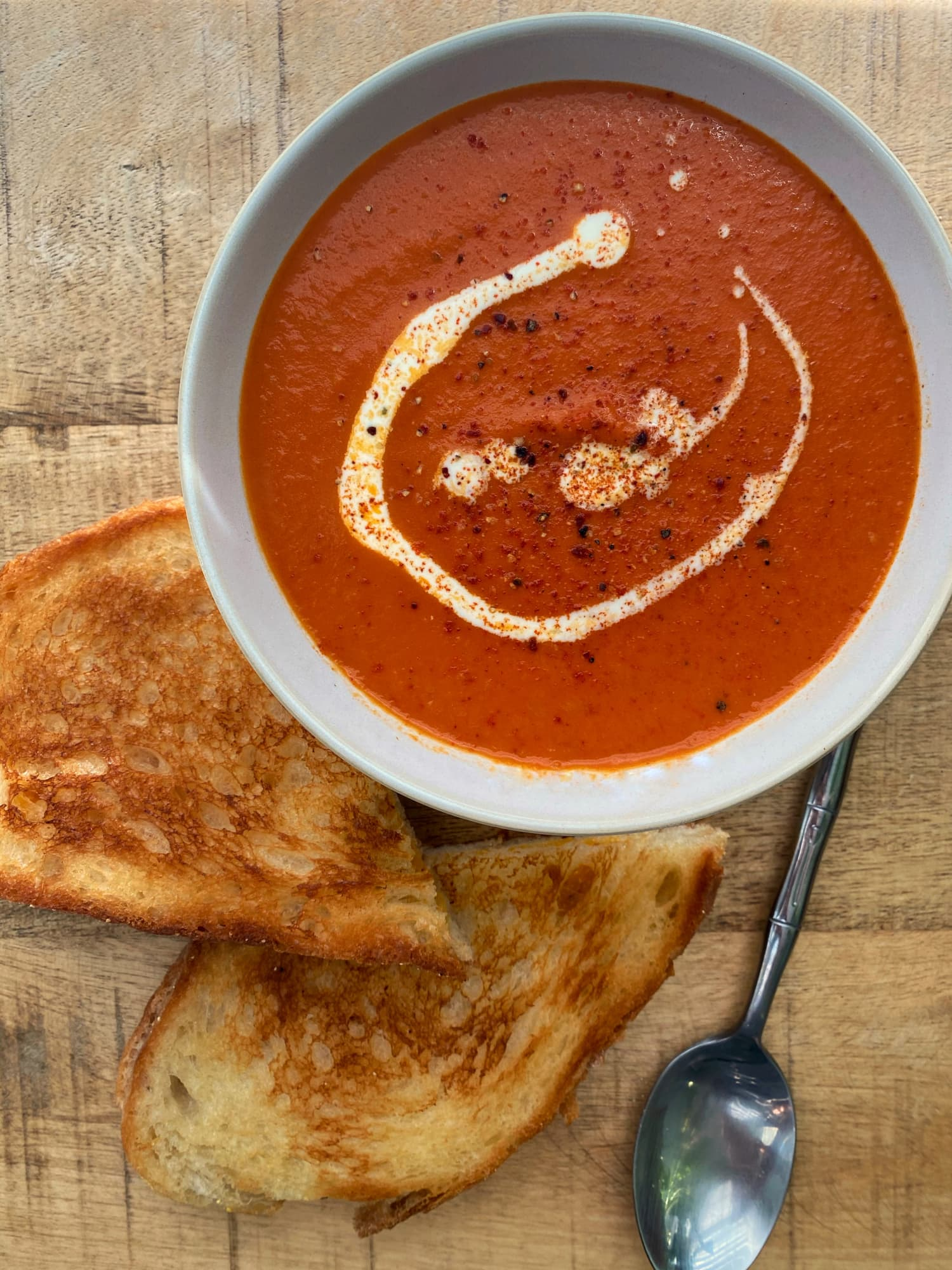 Smitten Kitchen Has a Clever Trick for Making the Best Tomato Soup Ever