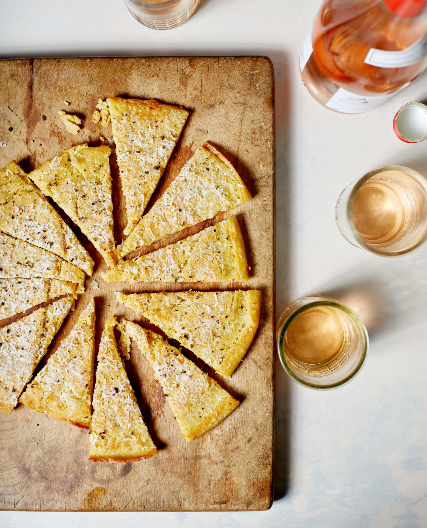Forget Cheese and Crackers: This 3-Ingredient Cacio e Pepe Flatbread Is the Best Snack I Know