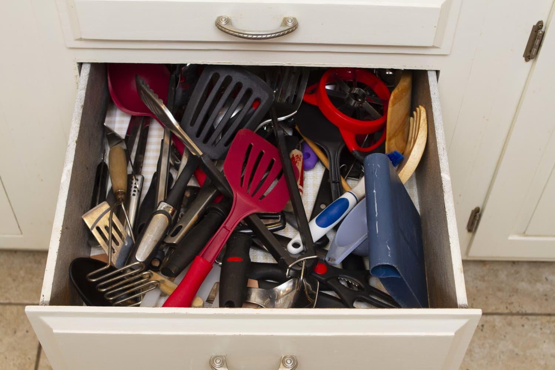 Turns Out, Mason Jars Make Great Drawer Organizers