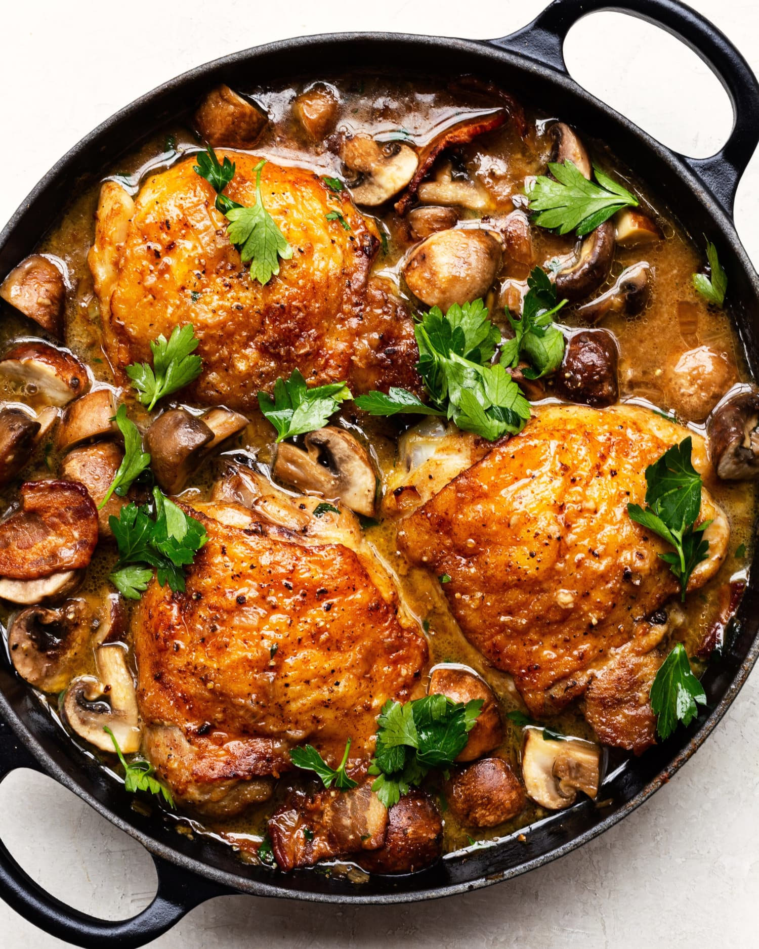 Braised Chicken with Mushrooms Looks as Good as It Tastes