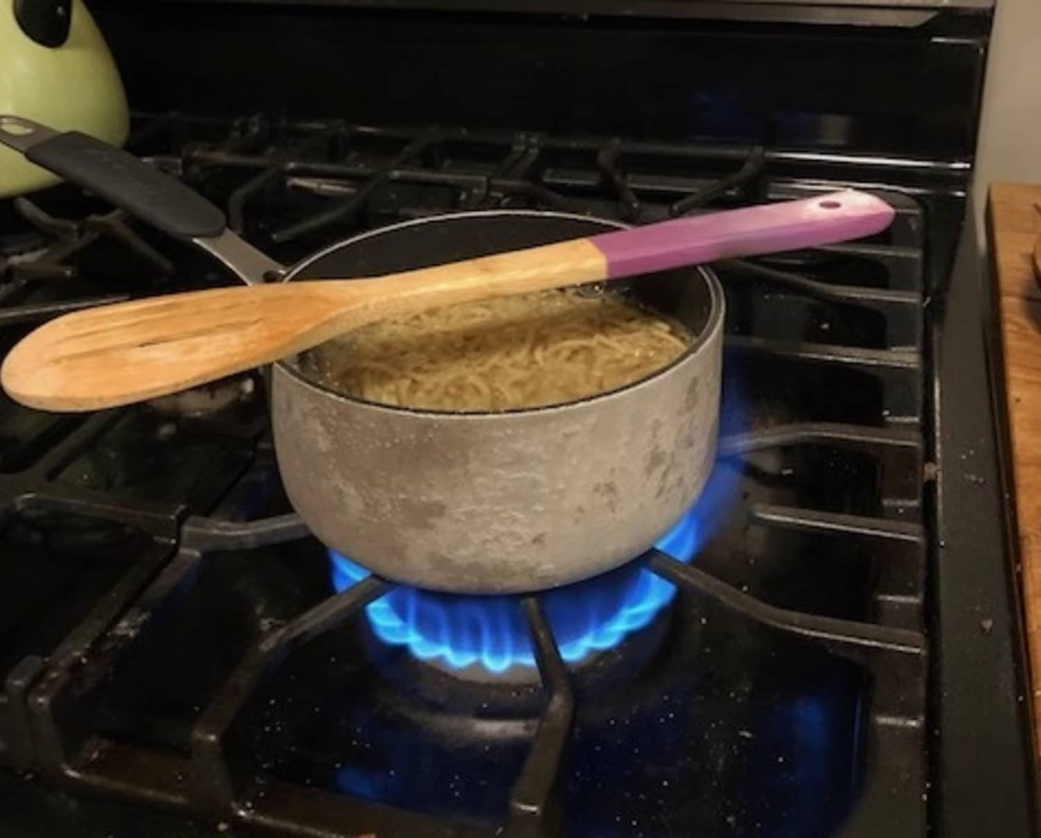 I Tried the Wooden Spoon Trick for Boiling Pasta Water, and Was Surprised by the Results