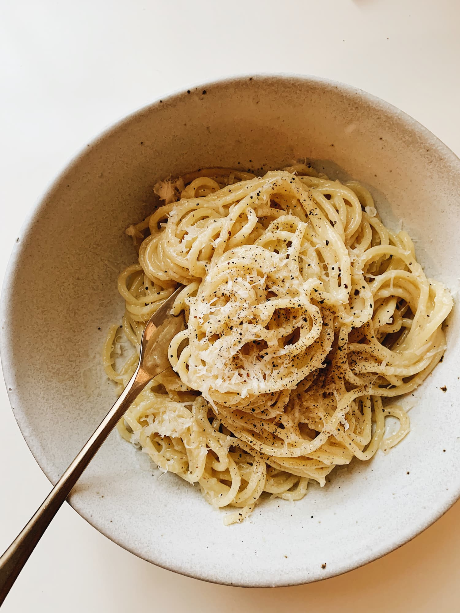 Samin Nosrat's Pasta Cacio e Pepe Is So Much Better than Mac and Cheese