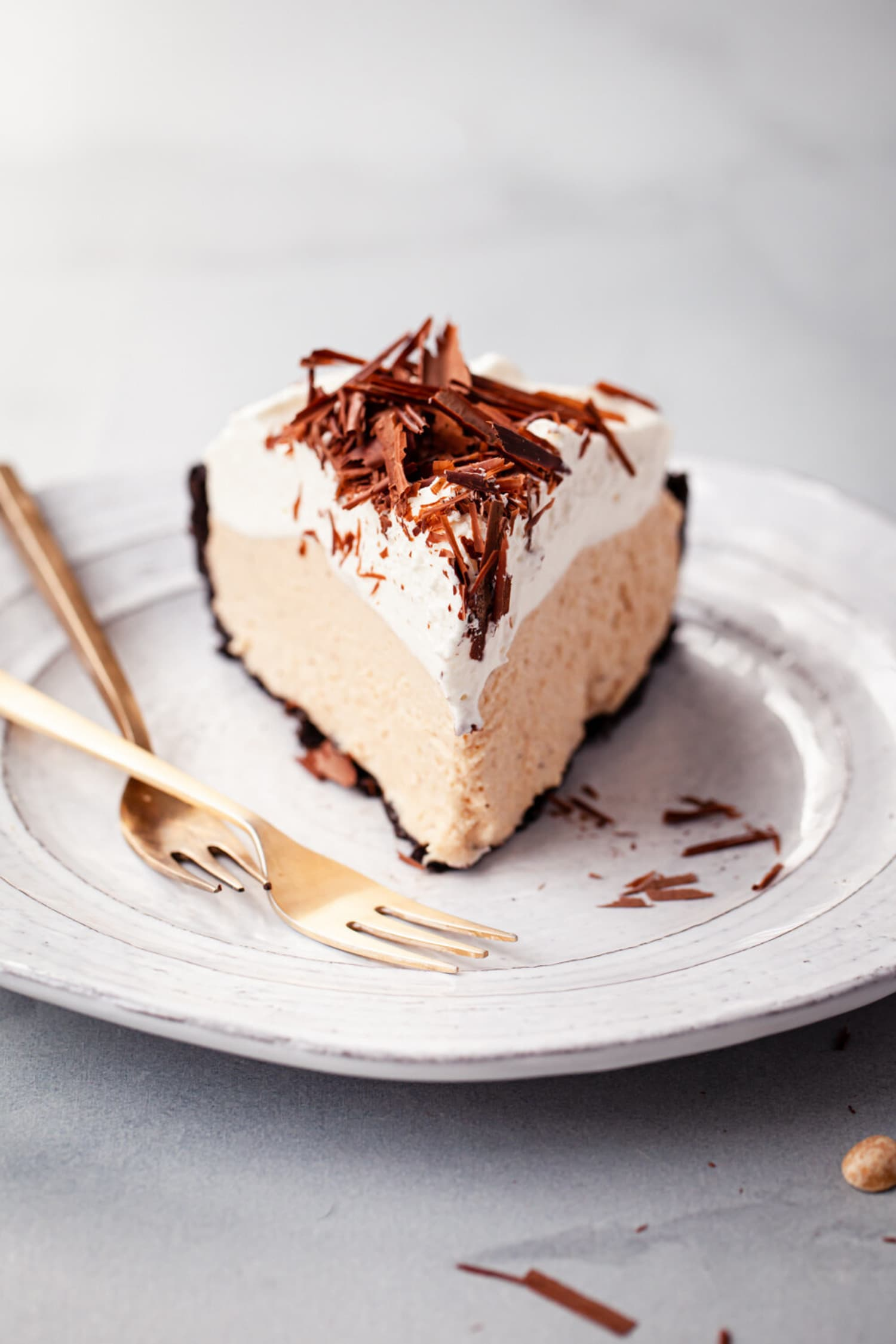 Salted Honey No-Bake Peanut Butter Pie Is the Dessert You've Been Waiting For