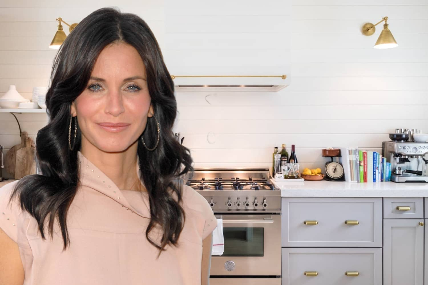"""Courteney Cox's Meticulously Organized Tool Drawer Is the Most """"Monica"""" Thing About Her"""