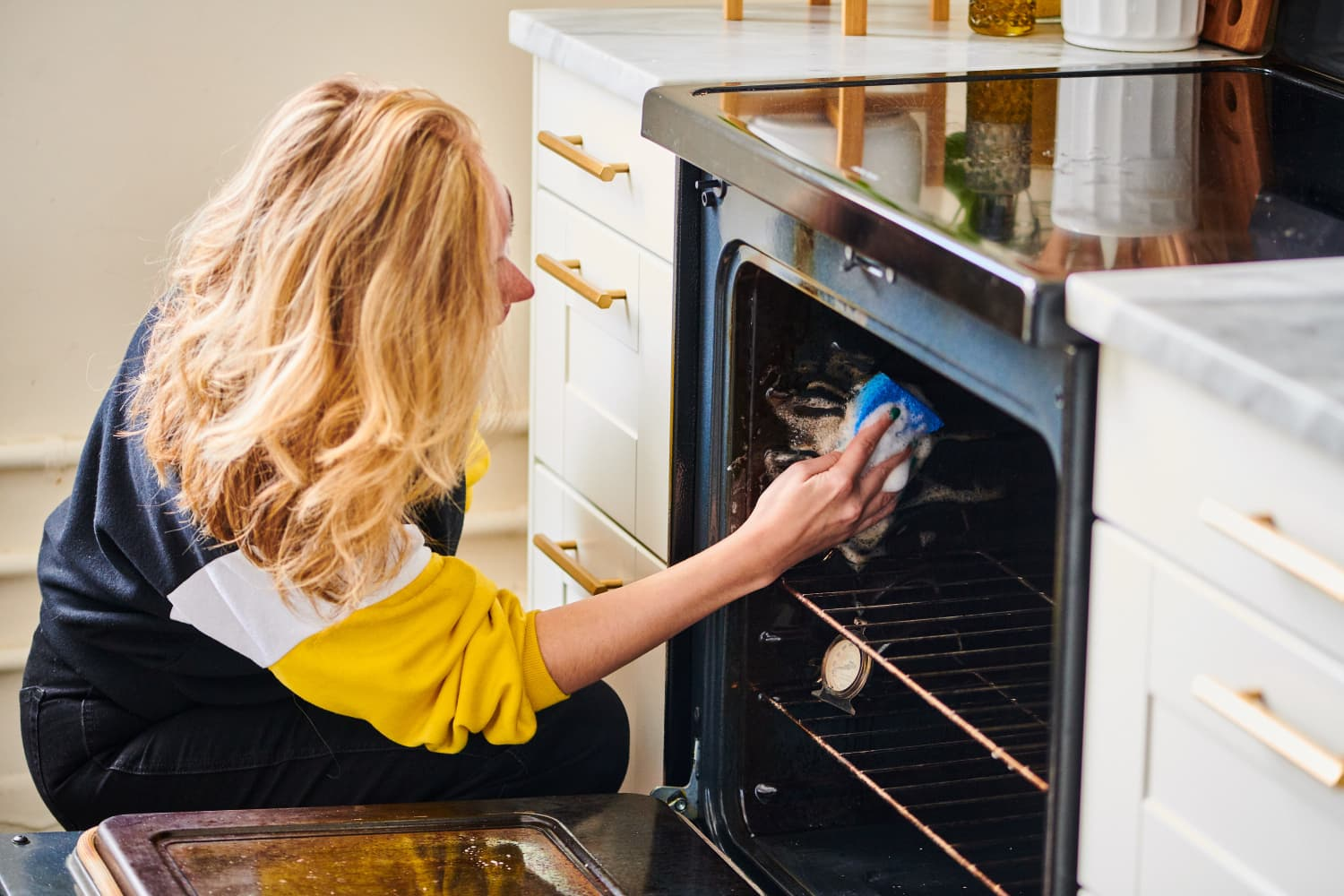 The Ultimate Guide to Cleaning Your Oven with Less Pain, More Success