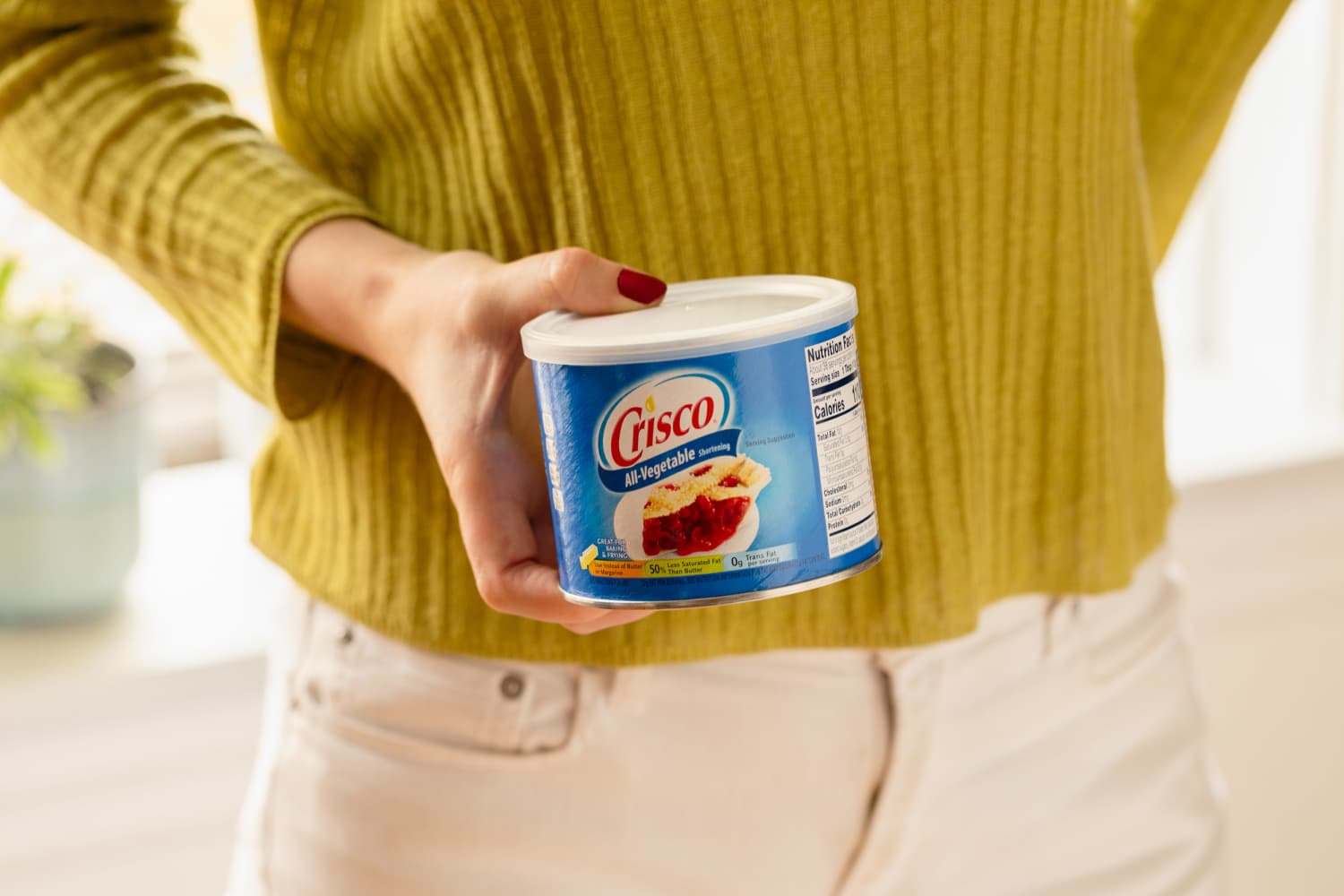 The First Thing You Should Do with a New Tub of Crisco