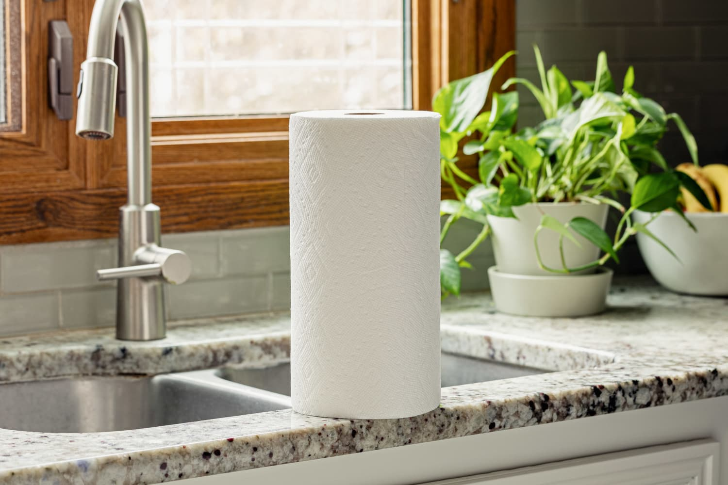 The Brilliant Paper Towel Storage Idea That Everyone Needs to See