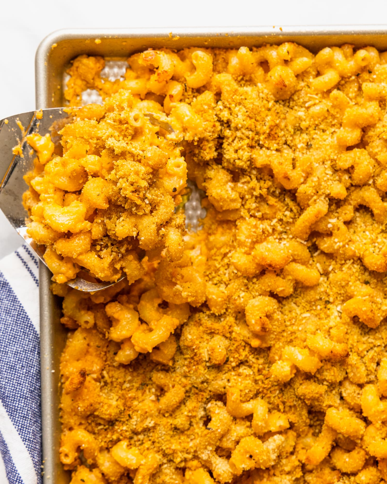 This Rule-Breaking Sheet Pan Mac and Cheese Gives You Crispy Topping In Every Bite