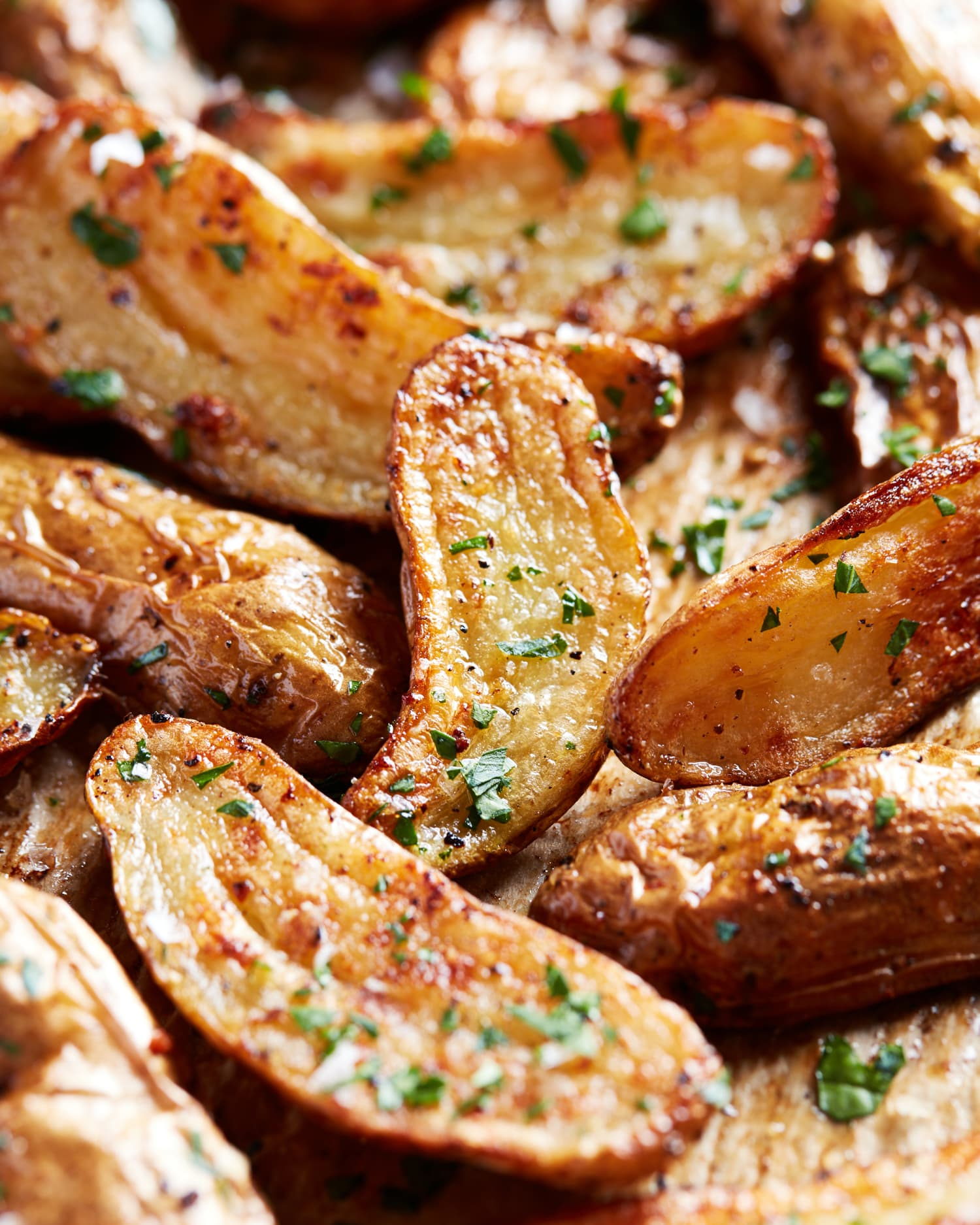 Extra-Crispy Garlic Butter Roasted Potatoes