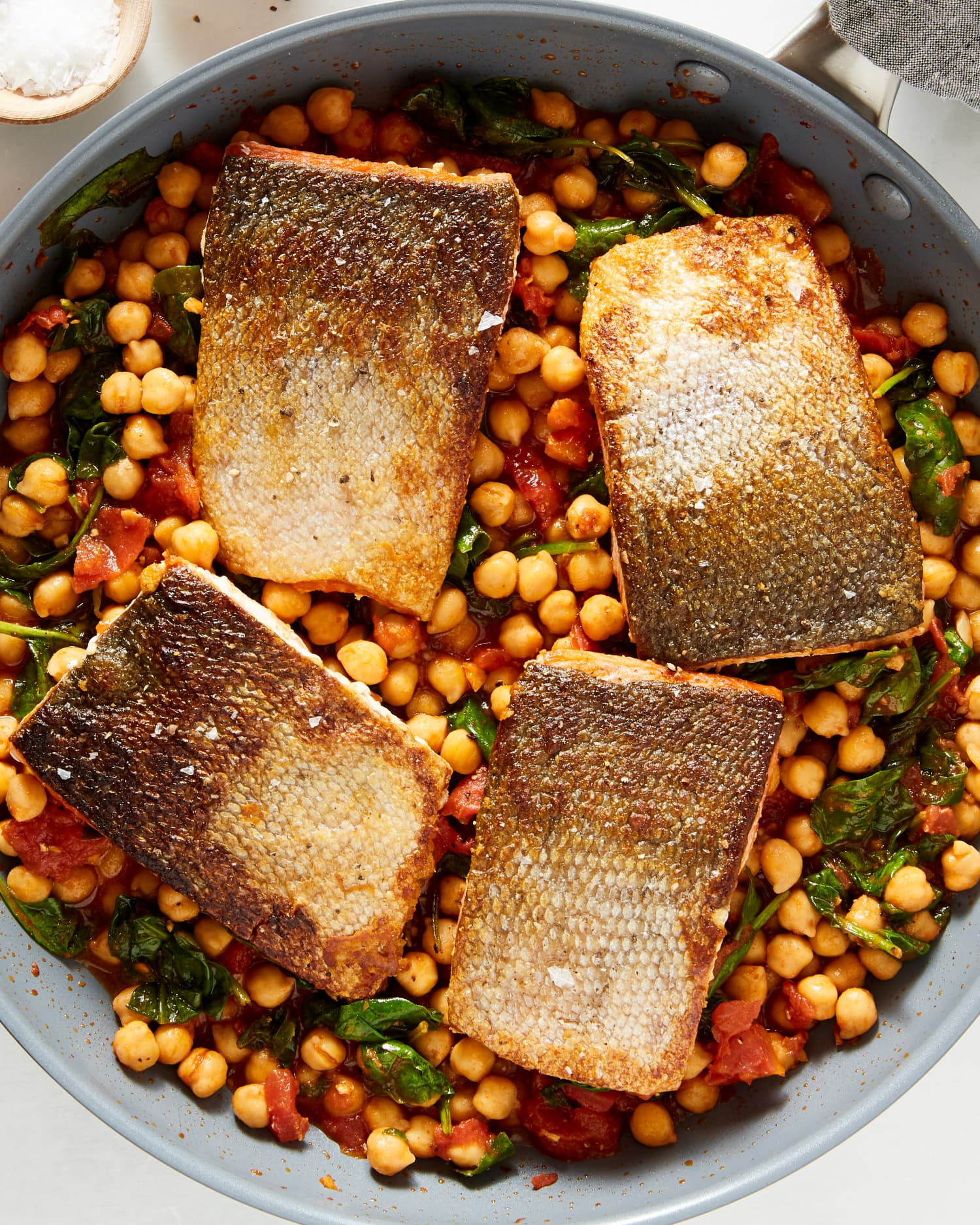 This One-Skillet Salmon Dinner Is So Easy, You Don't Even Need Your Cutting Board