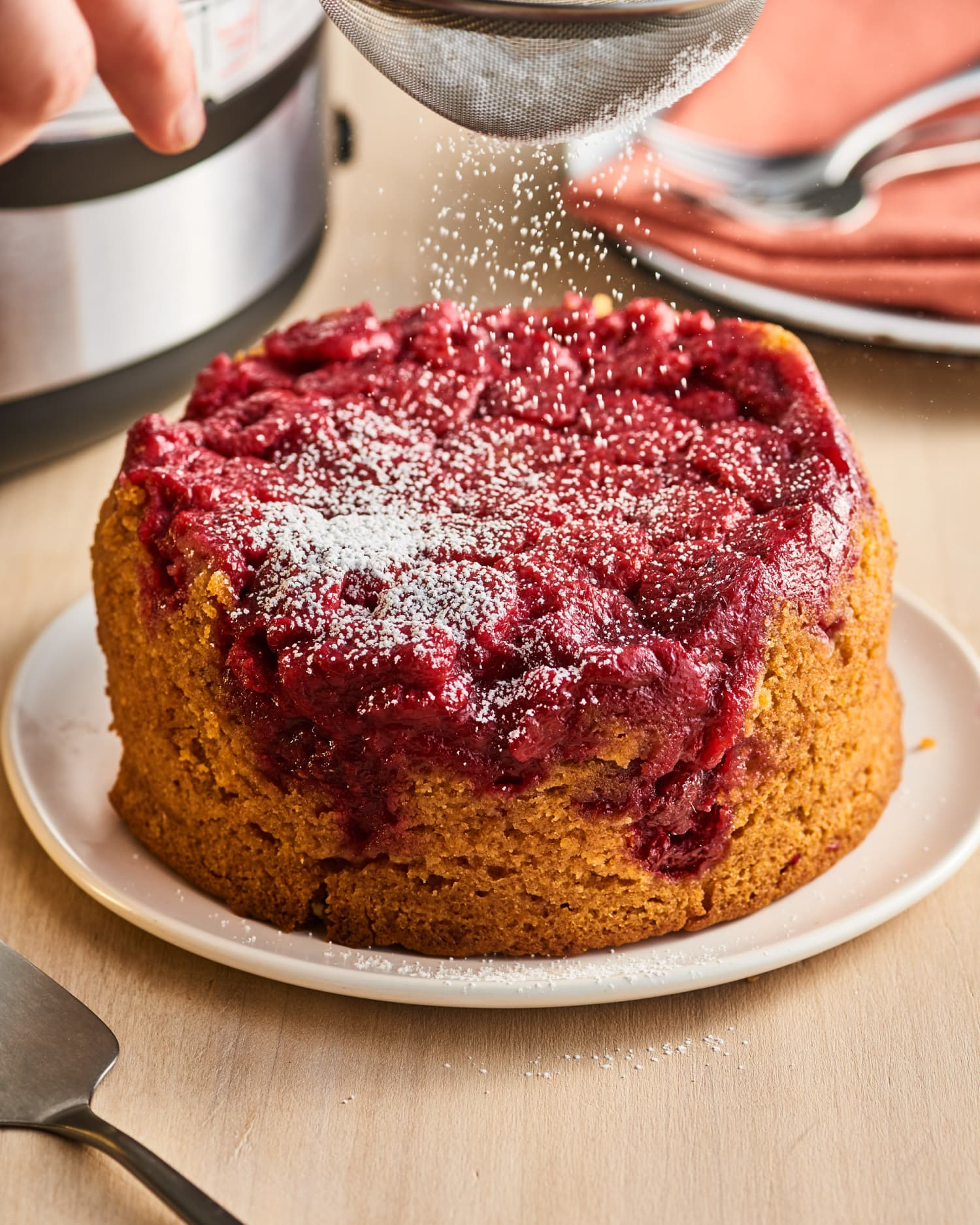 """Your Instant Pot Is the Ultimate """"Summer Oven"""" (We'll Prove It with This Cake)"""