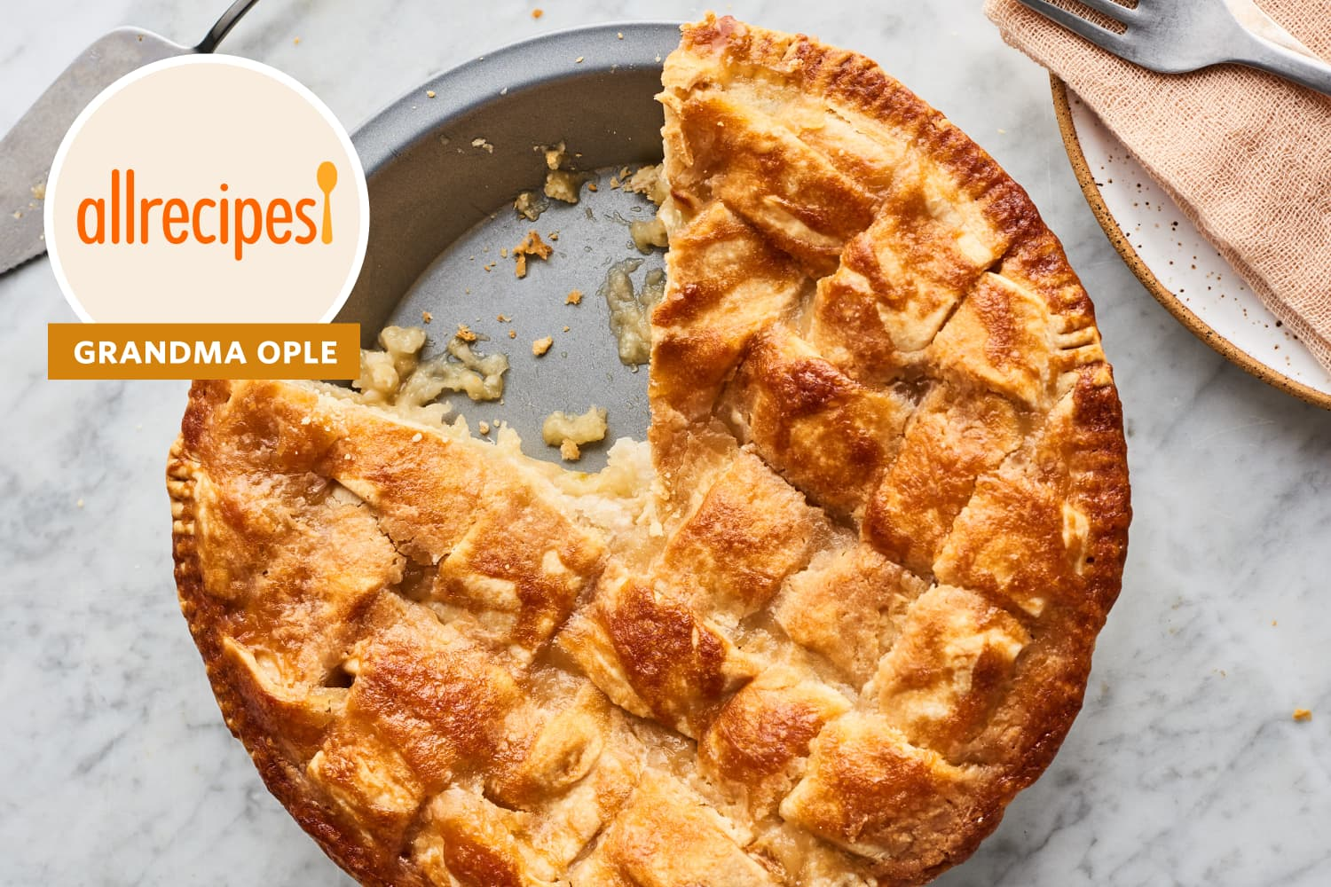 "I Finally Tried ""Grandma Ople's"" 5-Star Apple Pie (It Has More than 10,000 Reviews)"