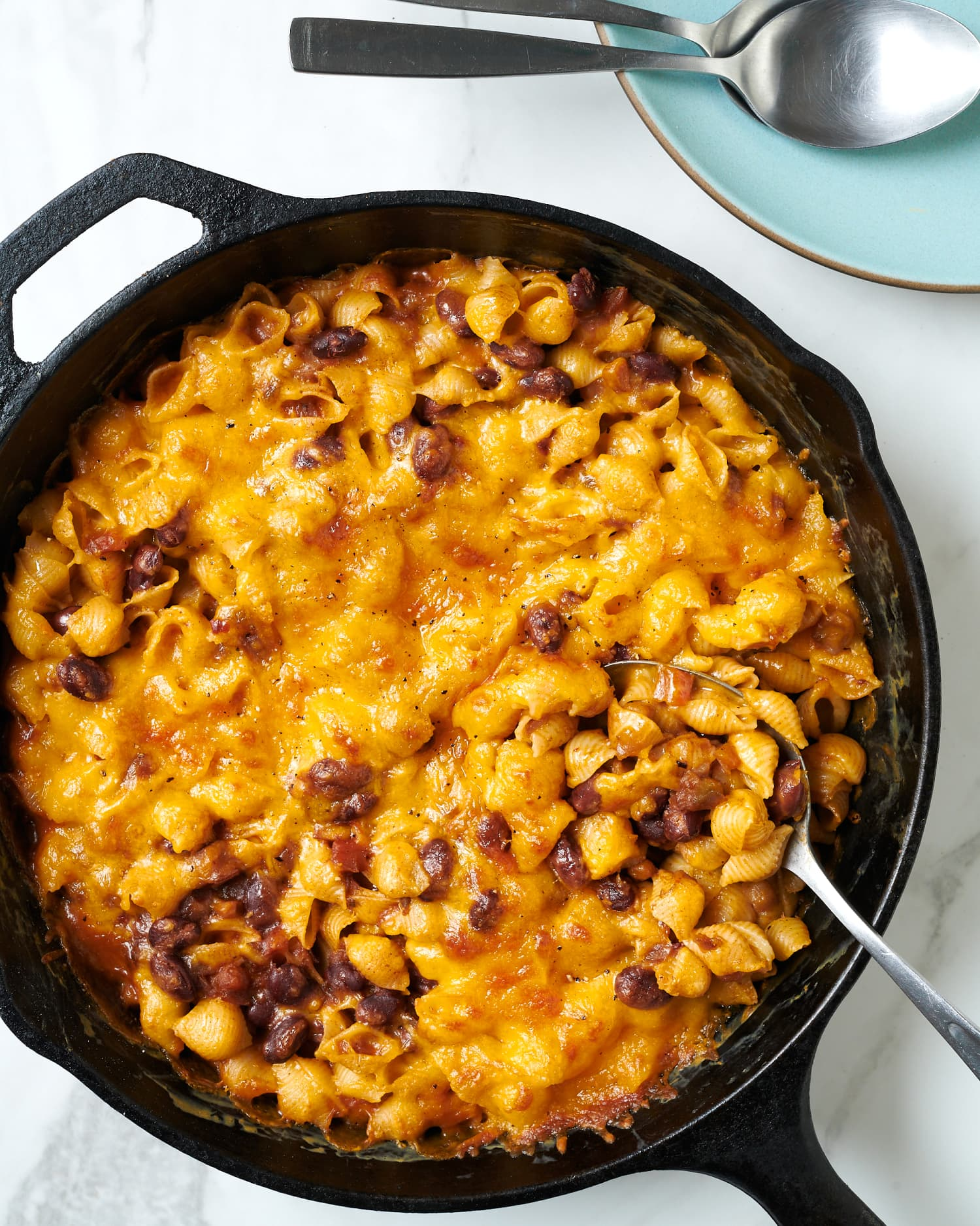 The Easiest Skillet Chili Mac
