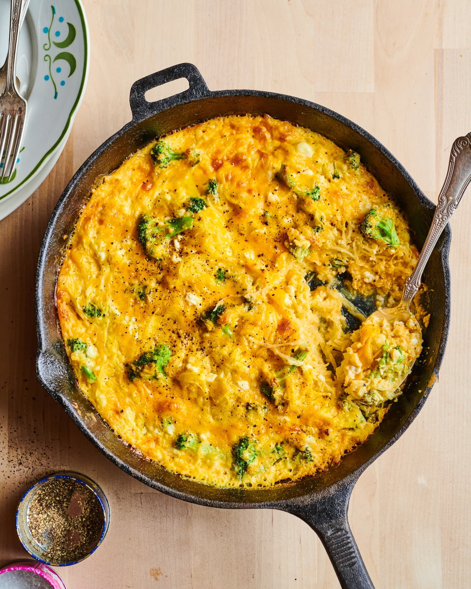 Broccoli and Cheese Spaghetti Squash Casserole Will Be a Weeknight Win