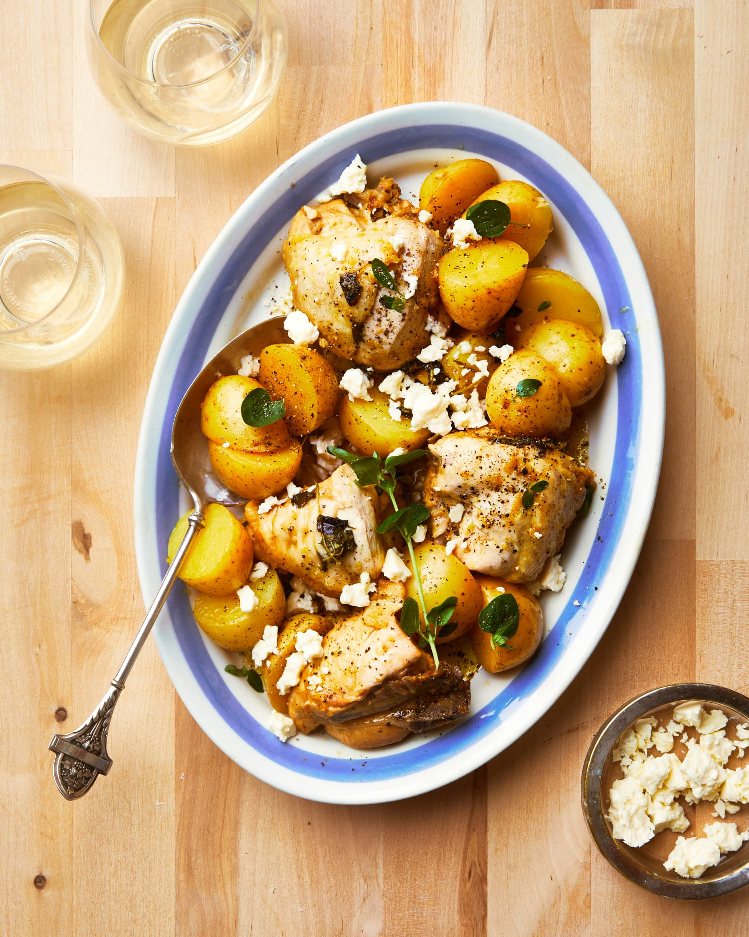 Greek-Style Lemon Chicken and Potatoes Is a 5-Ingredient Win
