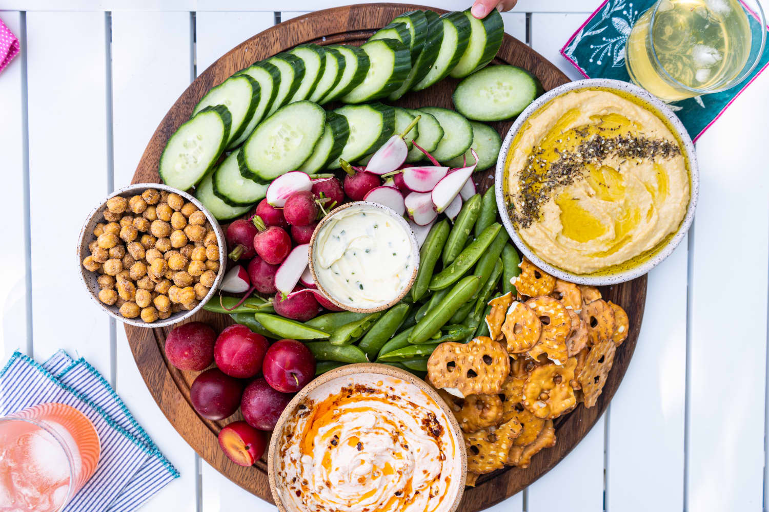 This No-Cook Veggie and Dip Board Is the Lazy Summer Dinner We All Need Right Now