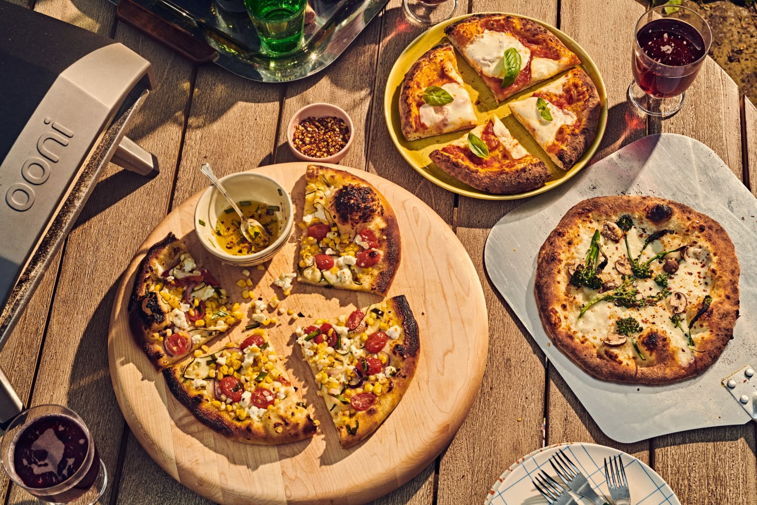 The Outdoor Pizza Oven Is the Pandemic Food Trend That Just Won't Quit (and We're Here for It)