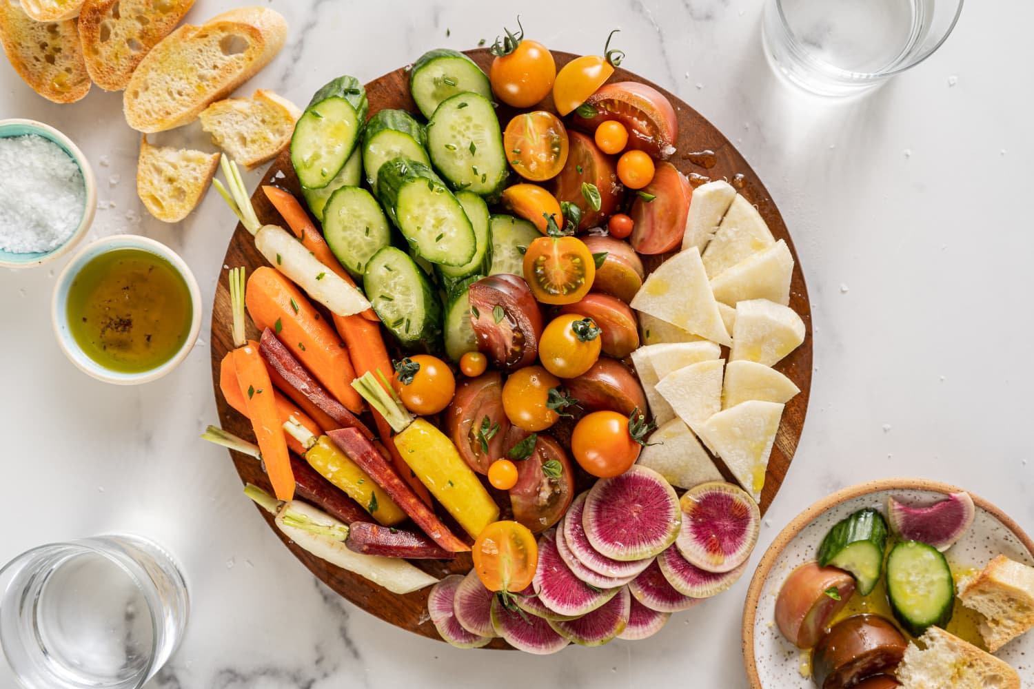 Your Crudités Platter Called — It's Bored. Here Are 10 Ways to Show Raw Veggies a Good Time.