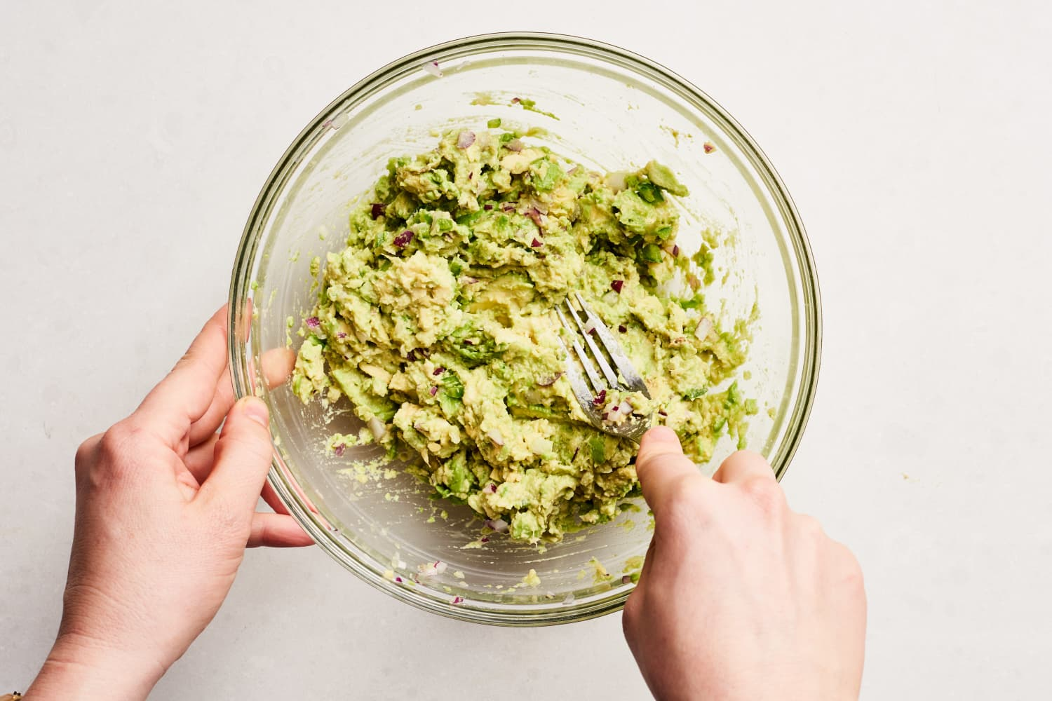 The One Trick That Actually Works for Keeping Guacamole Green