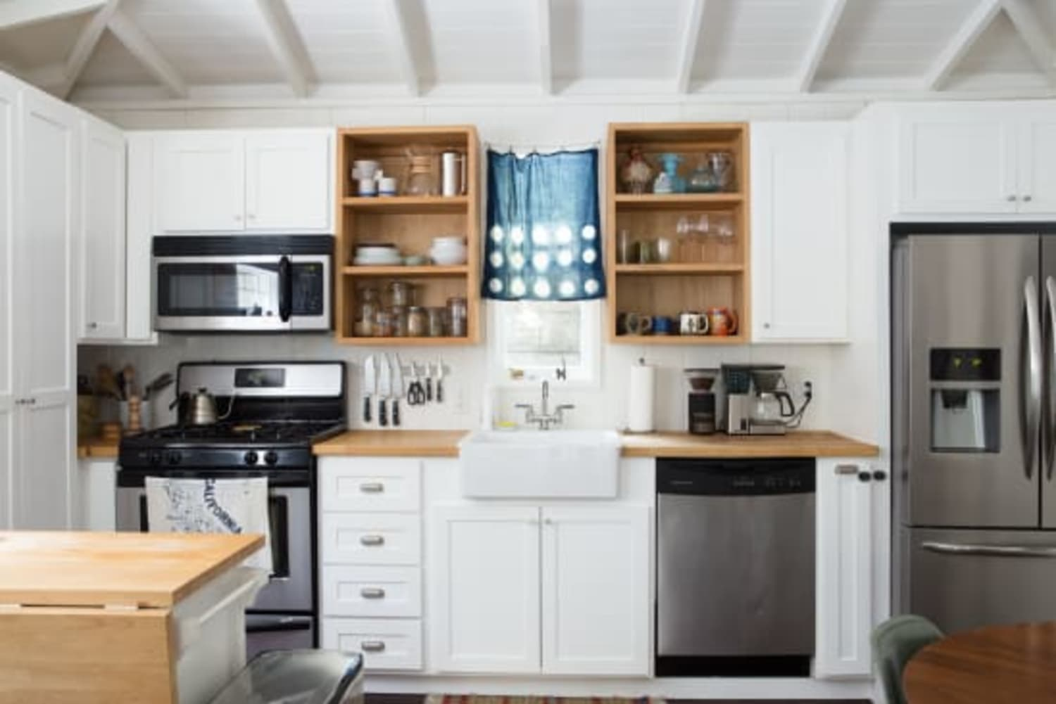 The Easy, Affordable Project That'll Make Your Kitchen Look Way More Expensive