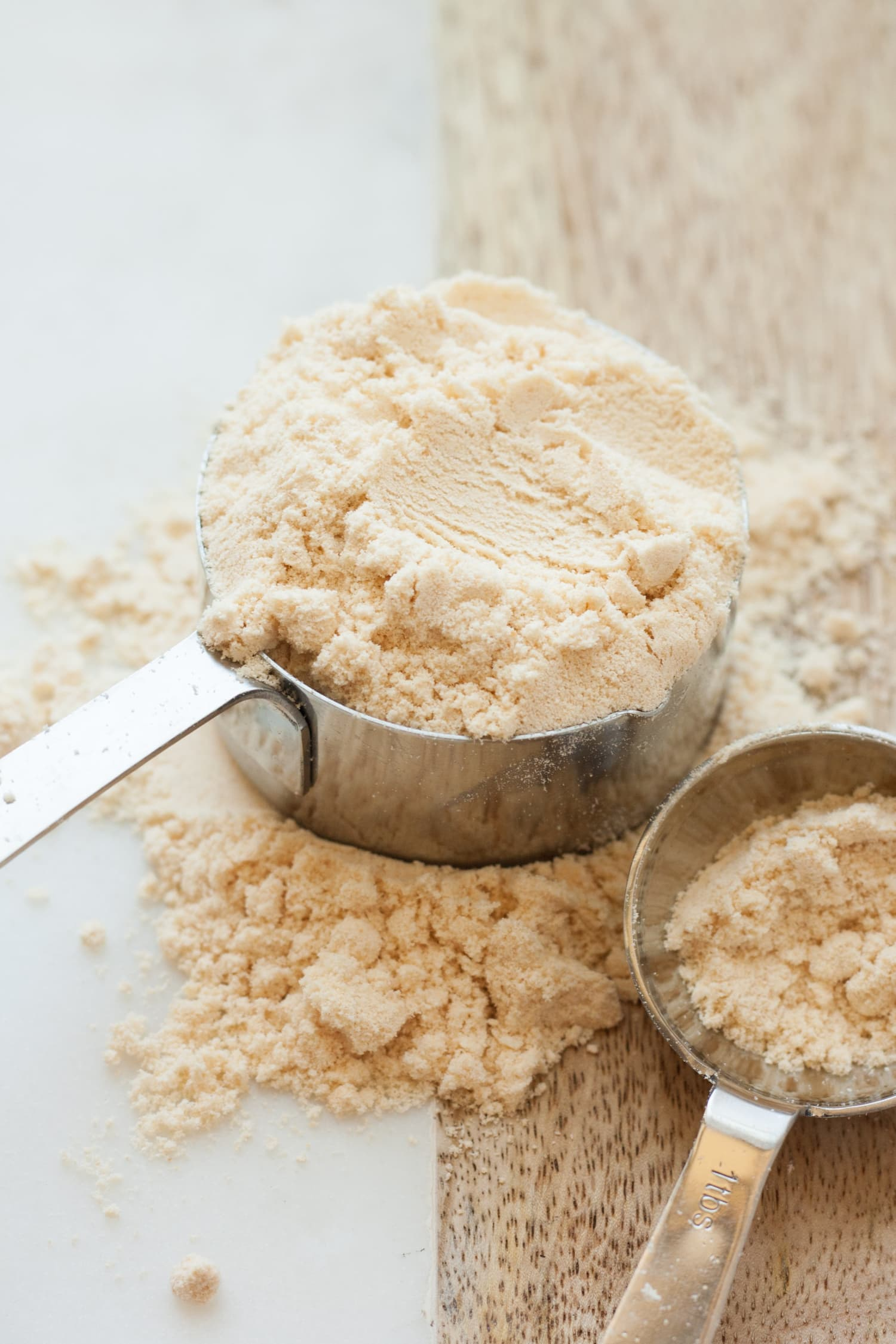 16 Gluten-Free Flours (and the Best Times to Use Them)
