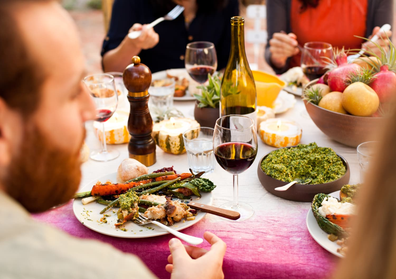 6 Sommelier-Approved Budget Wines for Thanksgiving