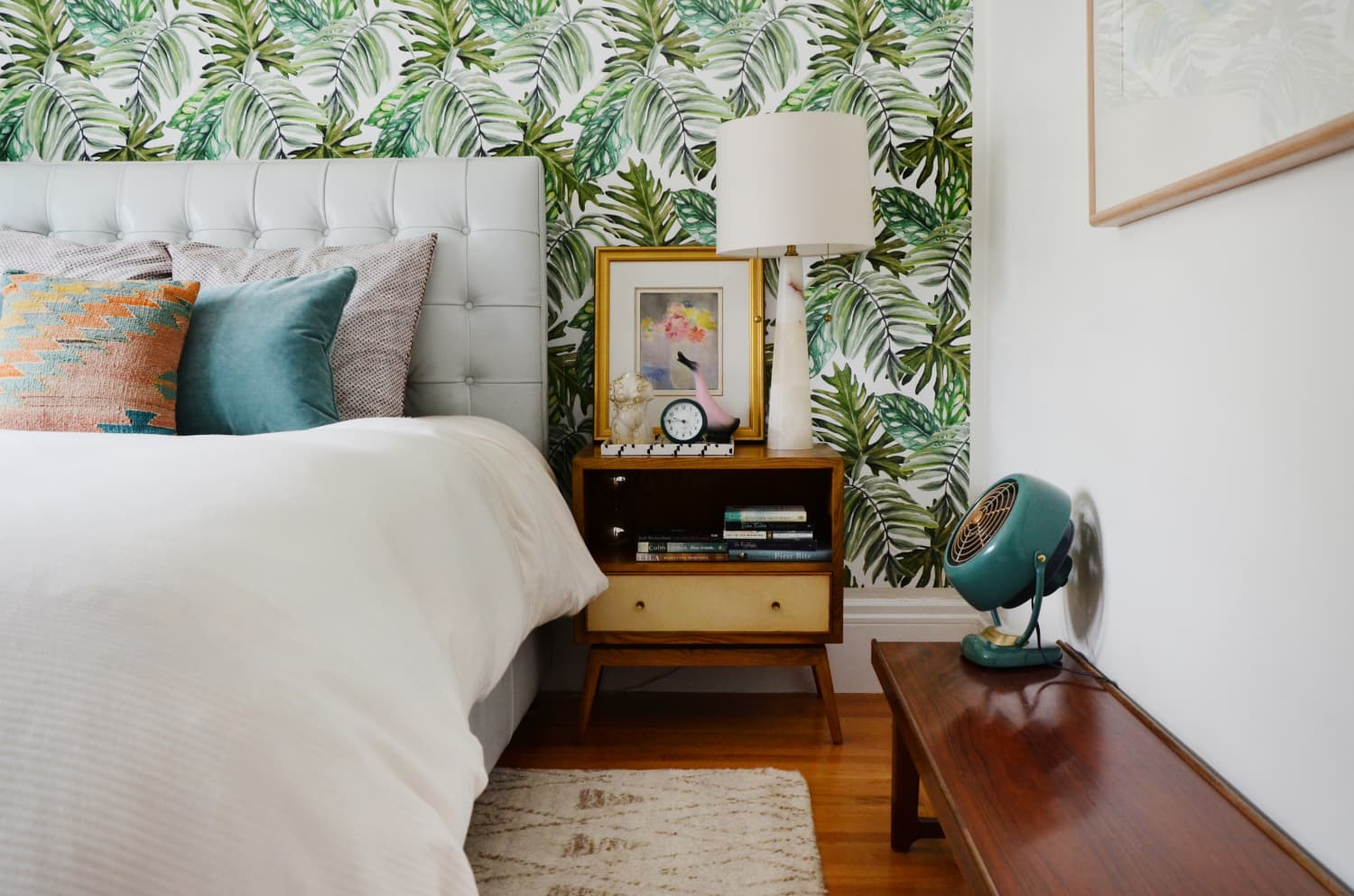 10 Cheap, Easy Ideas to Make Your Bedroom Look Expensive