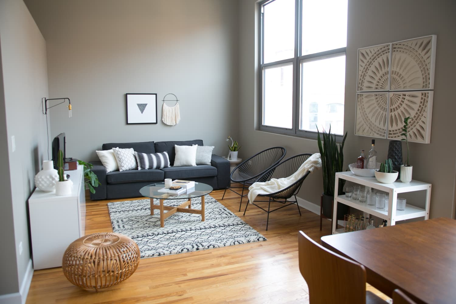 8 Living Rooms That Prove Gray is a Timeless Choice