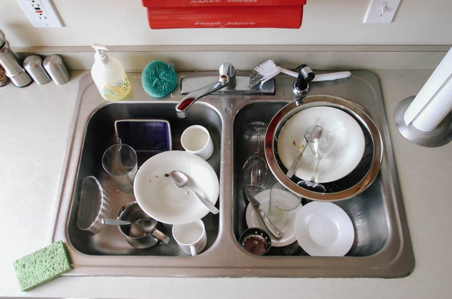 This Amazon Find Will Totally Change How You Hand-Wash Dishes