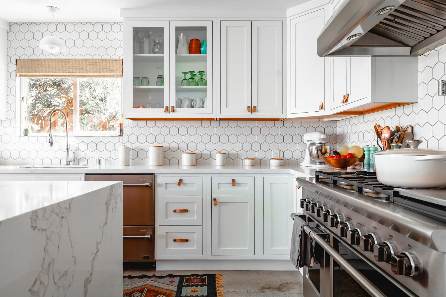 9 Things Pros Would Never Pay for in Their Own Kitchen Remodel