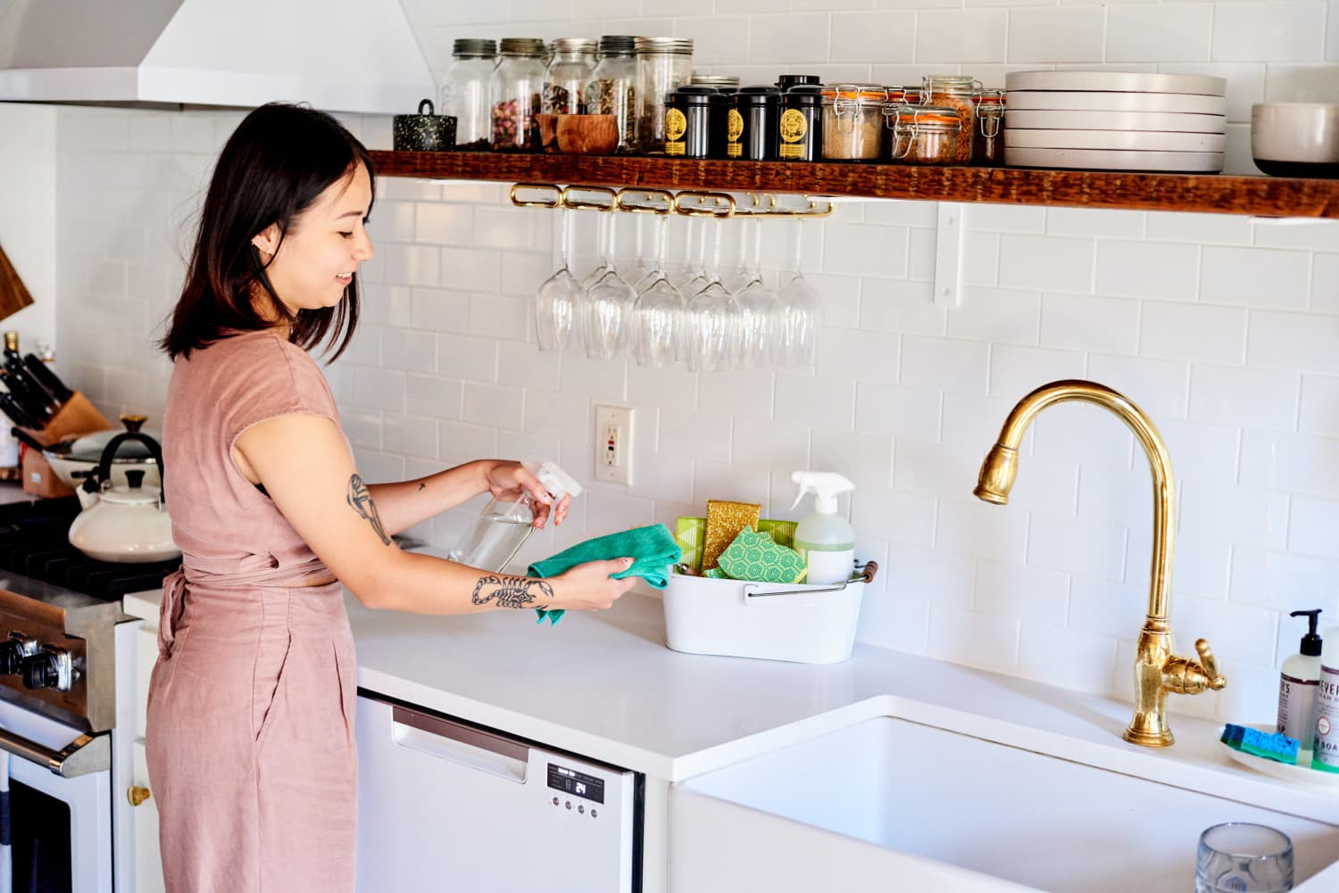 50 Tiny Things You Can Do for Your Kitchen in Less than an Hour