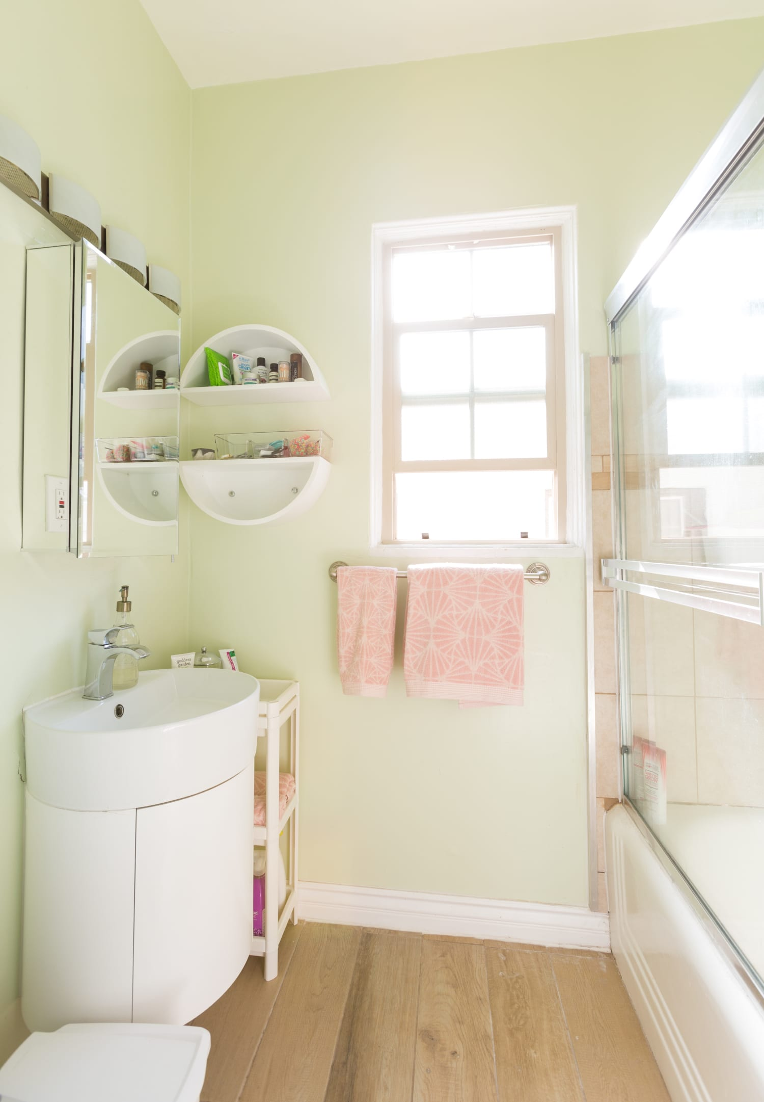 The Easy, Landlord-Approved DIY That Solved My Most Painful Rental Problem