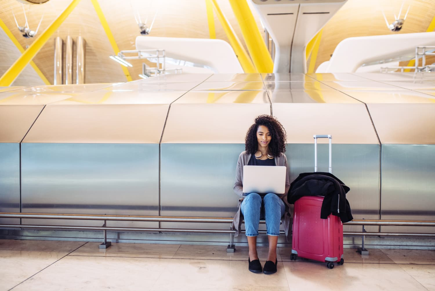 9 Travel Essentials You Need For Your Long Flight