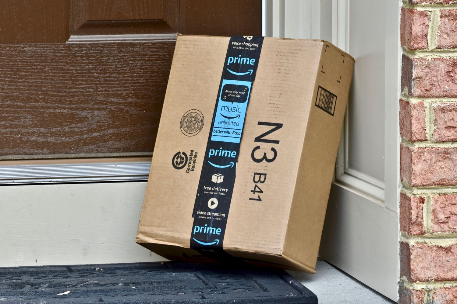 Amazon Wants to Give You $5,000—All You Have to Do Is Buy a House