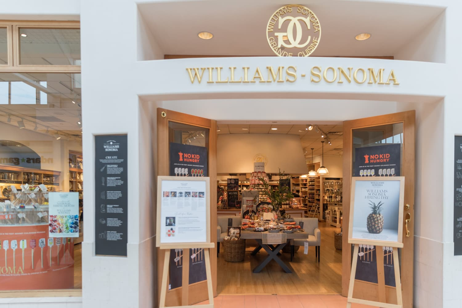 Williams-Sonoma's New Kitchenware Collection Features Artwork From Kristen Bell