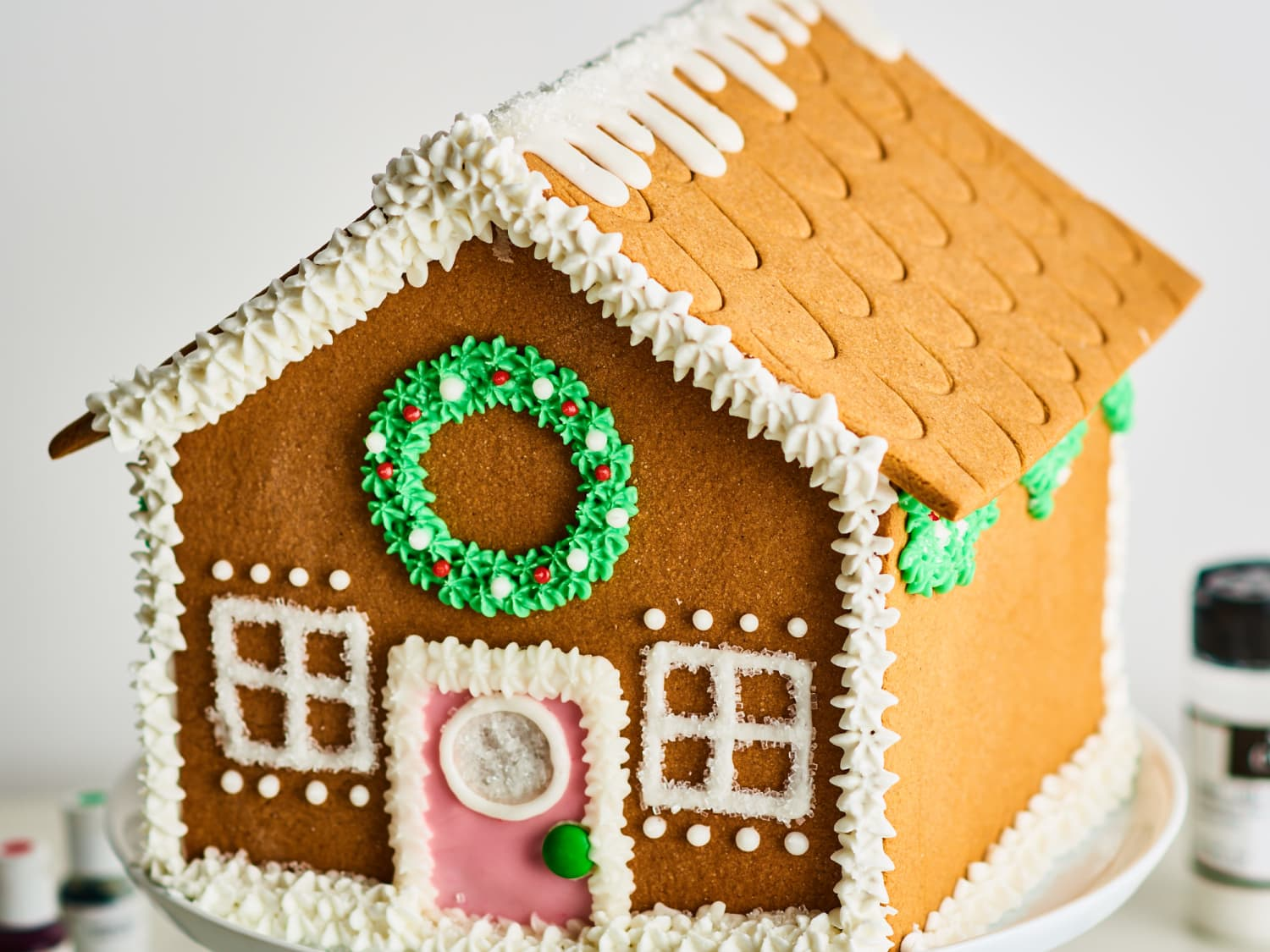 How To Make An Easy Impressive Gingerbread House