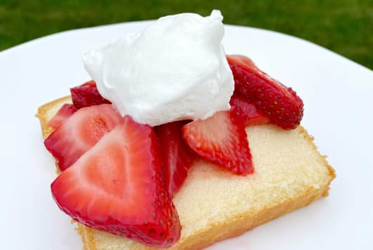 The 3-Ingredient Summer Dessert My Kid Can't Get Enough of