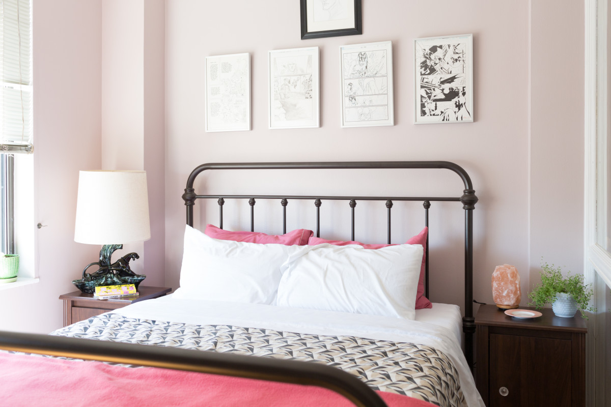 I Could Never Get My White Sheets Really Clean, Until I Tried This 2-Ingredient Combo