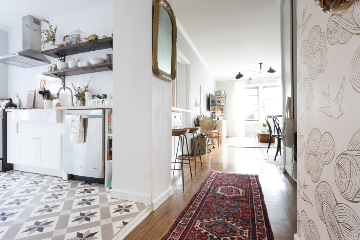 3 Things Making Your Hallways Feel So Much Smaller, According to Some Very Wise Realtors